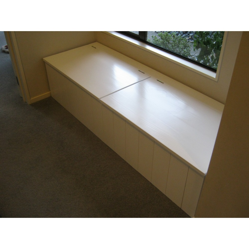 Custom Window Seat (W4)