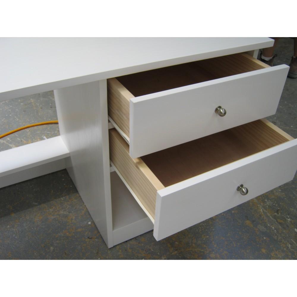 Custom Desk(W9)