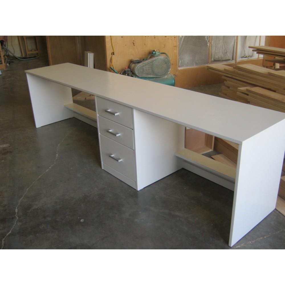 Custom Desk(W3)