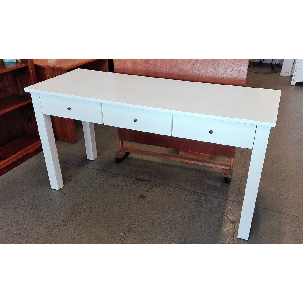 Custom Desk(W10)